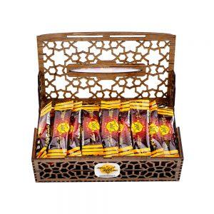عسل ساشه ۴۰ عددی چند گیاه با بسته بندی چوبی کندو